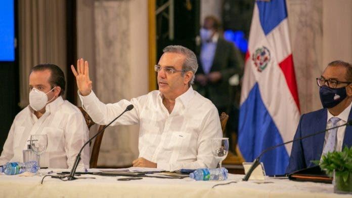 Abinader solicita en carta a Paliza cesar pronunciamientos sobre reelección en el PRM