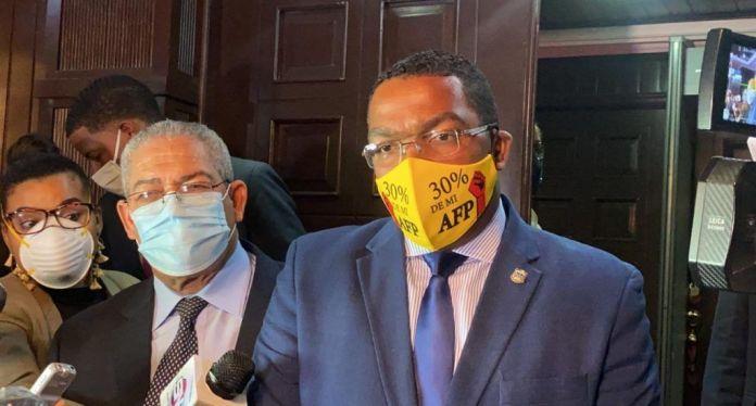 Botello vuelve a la carga: retoma protestas en favor del 30%