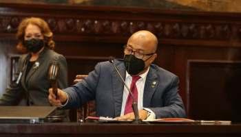 Alfredo Pacheco afirma no se impondrá ninguna ley que no cuente con apoyo de la mayoría