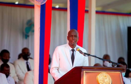 Un juez ordena impedir la salida de Haití de los jefes de seguridad de Moïse