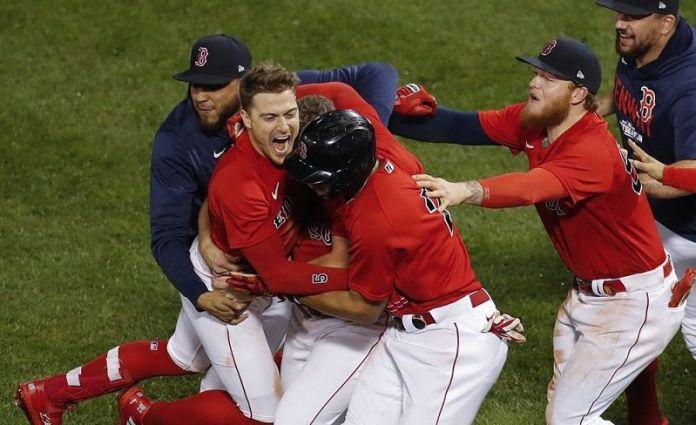 Playoffs: Medias Rojas eliminan a Rays, disputarán Serie de Campeonato; Gigantes se imponen ante Dodgers. FUENTE EXTERNA.