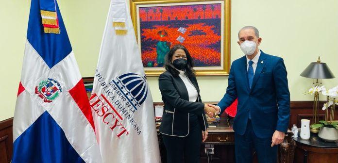 MESCYT juramenta a Paula Disla como viceministra de relaciones internacionales