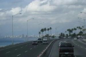 Autopista-las-Americas.-300x199