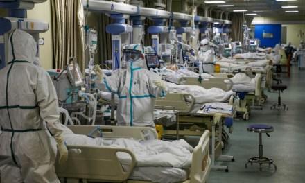 En Quito: colapsan los hospitales por pacientes críticos con Covid-19