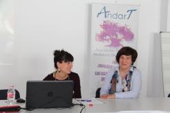 PRESIDENTA DE ANDART CARMEN PRESENTA PRIMERA PONENTE JORNADA 16
