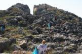VOLUNTARIOS DURANTE LAS TAREAS DE LIMPIEZA PIEDRAS DE PESCA EN PUNTA DE LA MONA 16 (4)