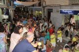 CENTRO COMERCIAL ABIERTO MUY ANIMADO CON LA SHOPPING NIGHT