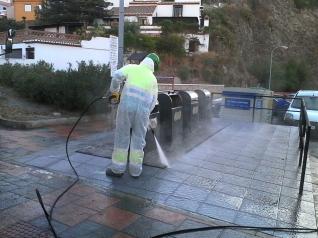 limpieza-y-desinfeccion-contedores-soterrados-en-almunecar-y-la-herradura-16-7