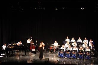 big-band-atarfe-en-concierto-en-almunecar-16
