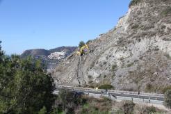 trabajos-fomento-carretera-talud-piedras-340-almunecar-16