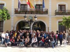 ESTUDIANTES DE LIVRY GARGAN CON LA ALCALDESA DE ALMUÑECAR 17