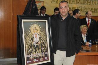MIGUEL REINOSO EN EL ACTO DE PRESENTACION DEL CARTEL DE SEMANA SANTA 2015