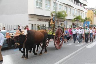 ROMERIA SAN ISIDRO POR LAS CALLES DE ALMUÑECAR RUMBO A TORRECUEVAS 17