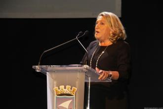 ALCALDESA DE ALMUÑECAR DURANTE SU INTERVENCION 17