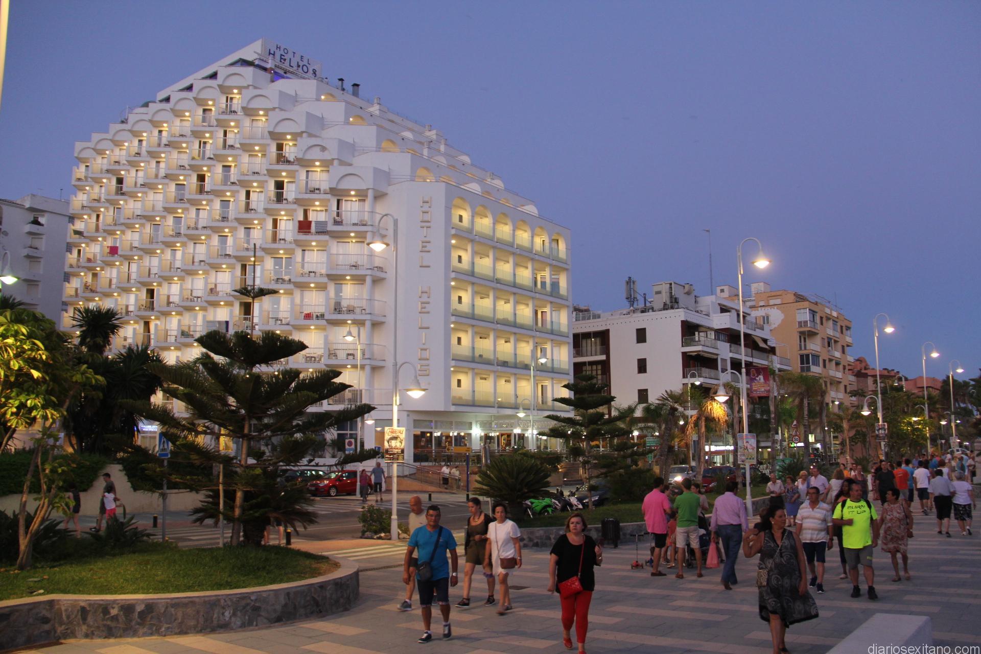 AMBIENTE PASEO SAN CRISTOBAL JUNTO HOTEL HELIOS 16