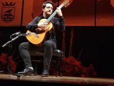 Guitarrista italiano Gian Marco Ciampa durante su actuación en Certamen Andrés Segovia La Herradura 18