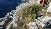 Limpieza sobre el acantilado de Punta de la Mona 18