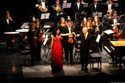 Noelia Rodiles y Michel Thomas reciben los aplausos del público 18