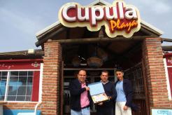 CUPULA PLAYA PREMIO AL MEJOR SERVICIO Y ATENCIÓN RUTA PUCHERO LA HERRADURA 18