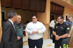 CONCEJAL DE TURISMO Y LOS RESPONBLES DE GUARDIA CIVIL Y POLICIA EN LA PRESENTACION DEL SATE 18