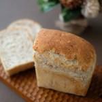 プチプチが美味しい「ライ麦食パン」とアレンジの「プチパン」ほか