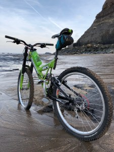The Freeride's first ride, and born again. Scarborough to Whitby & off road.