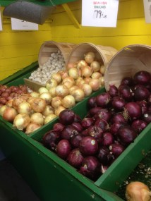 RED onions, YELLOW onions and WHITE garlic from Meyers Farm!