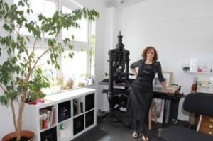 gail-in-studio