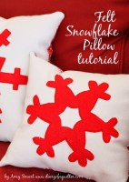 Felt Snowflake pillow Tutorial featured by top US quilting blog, Diary of a Quilter