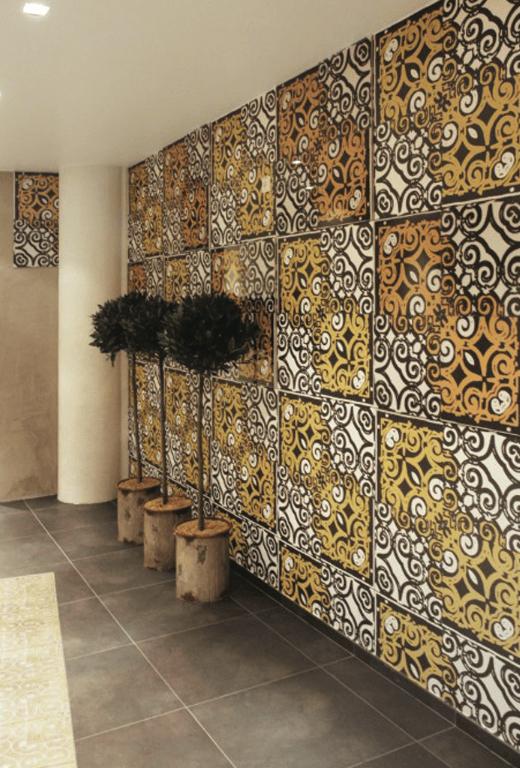 Crinson tiles