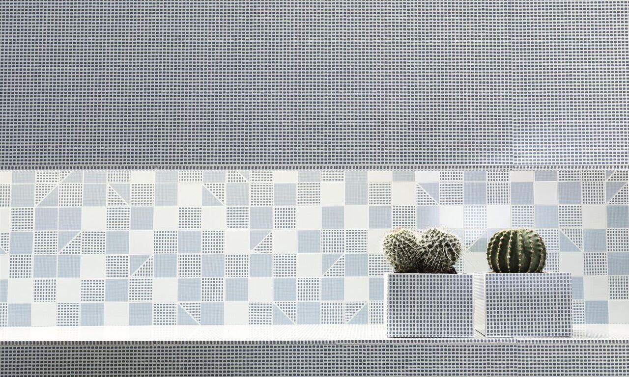 Deco Blue (305x915mm) and Slash Mosaico Sky (305x305mm) from Fap Ceramiche