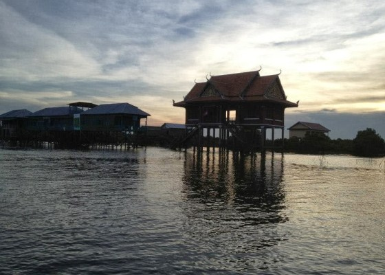 Cambodia diaries: The Adventure of Floating Village