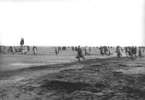 Trupat e Ushtrisë së Kuqe sulmojnë marinarët Kronstadt në mars 1921. WIKIPEDIA