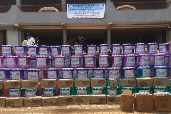 Guinée/Prévention de la pandémie de coronavirus : les ressortissants de Fella Hamdallaye présentent un important lot de kits sanitaires pour la localité