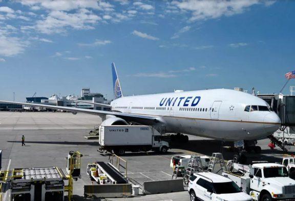 Après l'incident de Denver, Boeing suspend 128 avions 777