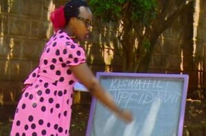 HILARIOUS VIDEO:Teacher Wanjiku's Lecture on 'Jinsi Ya Kupata ...