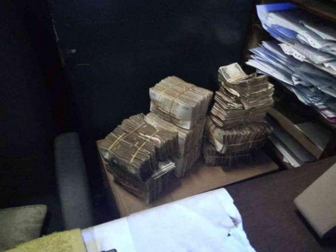 Some of the money that Nairobi Governor Mike Sonko found at City Hall during a sting operation on August 23, 2017. /COURTESY