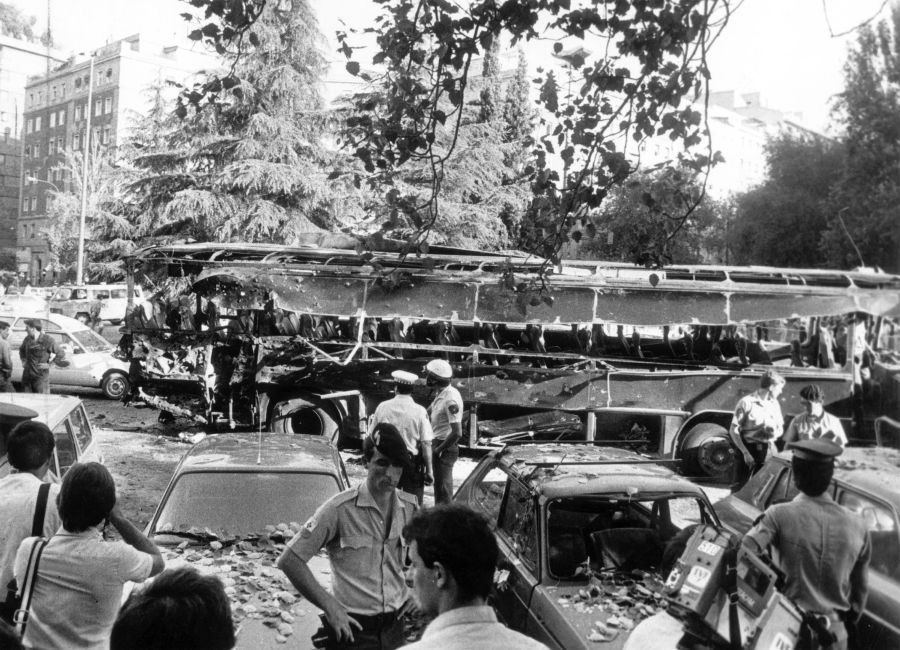 atentado plaza republica dominicana madrid 1986