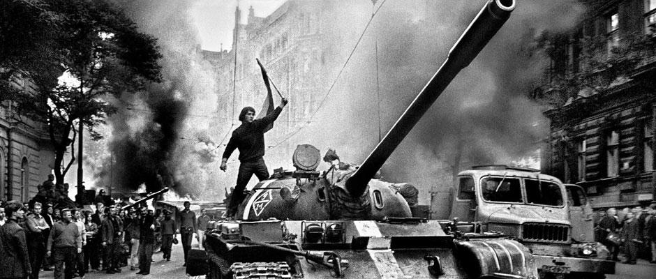 Tanques sobre Praga