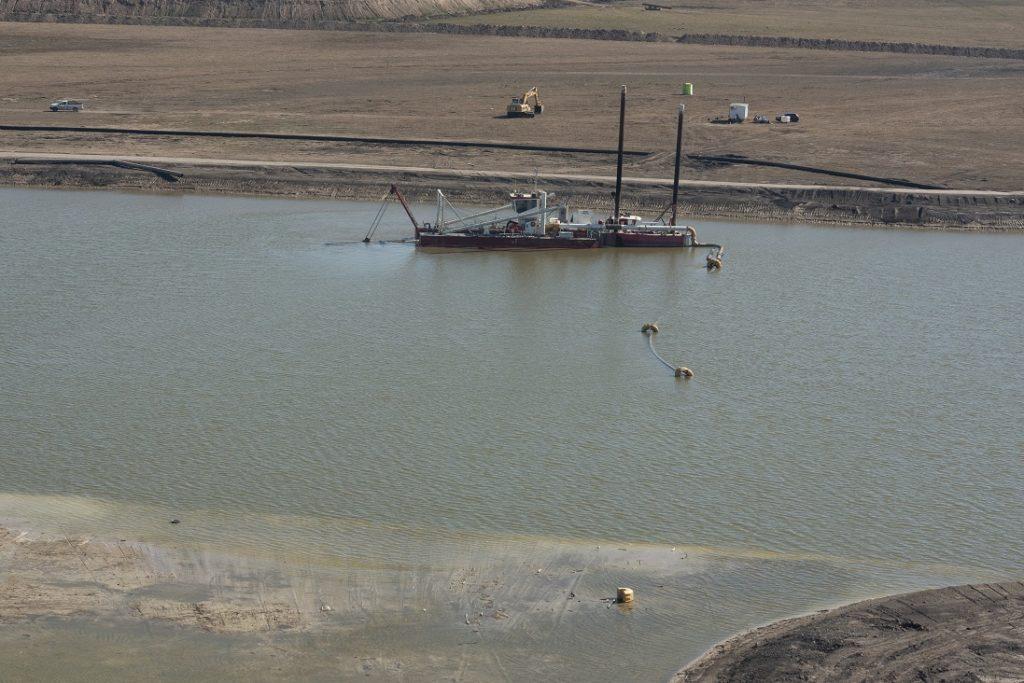 DIB participó de una recorrida por un tramo del Plan Maestro, la megaobra que se inició hace 20 años y en la que ya se excavó casi el doble del canal de Panamá.