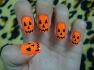 526330-ideias-criativas-de-unhas-decoradas-para-halloween-7