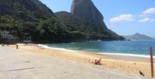 Praia vermelha no bairro da Urca
