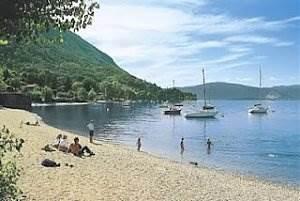 http://dicasdomundo.com.br/attachments/188-lago-maggiore-praia-1-.jpg