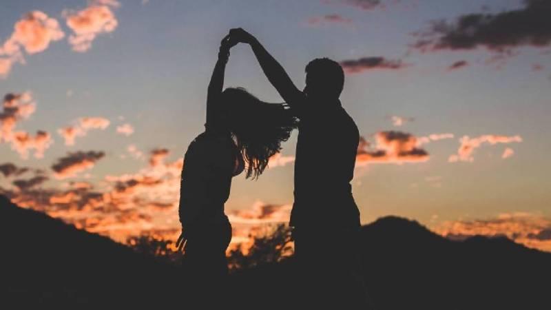 7 SINAIS – nada românticos de que encontrou sua ALMA GÊMEA!