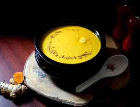 carrot-turmeric-soup