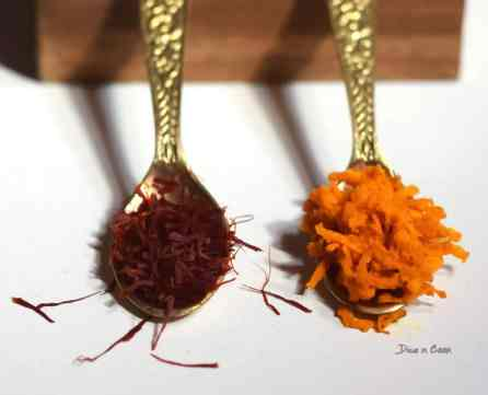 Turmeric-saffron-milk-ingredients