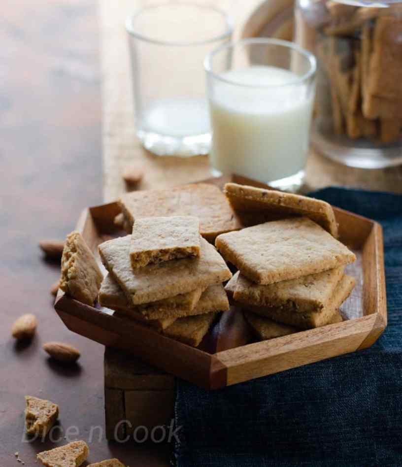 Eggless-almond-ghee-residue-biscuits