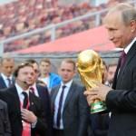Người Nga sẽ thu được bao nhiêu tiền từ World Cup 2018?