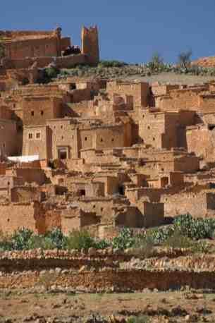 Village au bord de la piste qui relie Tafraout à Taroudant - sud marocain