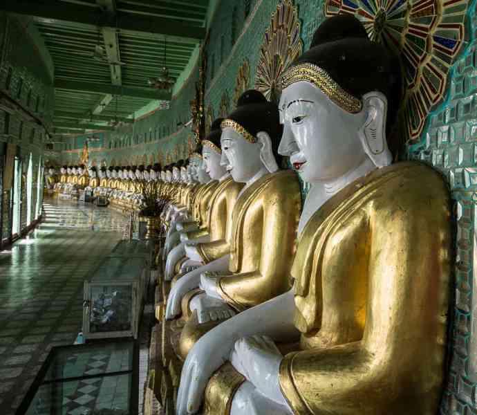 Les 45 statues de Boudha de l'U Min Thonze Pagoda